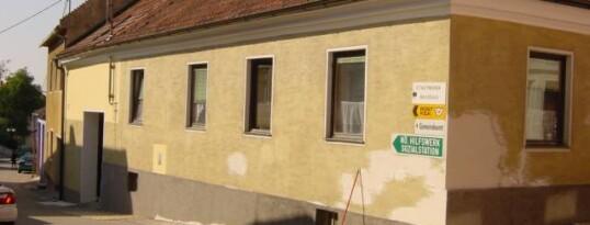 Vorher: Fassade Maissau