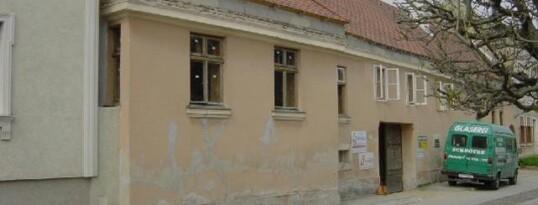 Vorher: Fassadensanierung Radlbrunn