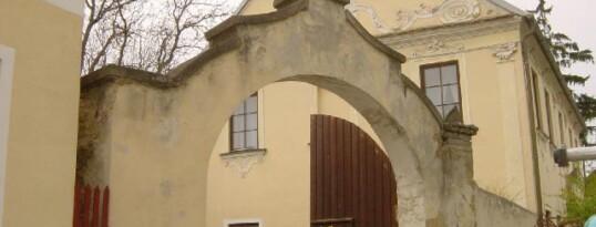 Vorher: Renovierung Pfarrhof