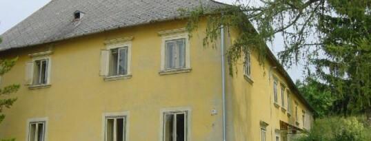 Vorher: Betonrost Frauendorf