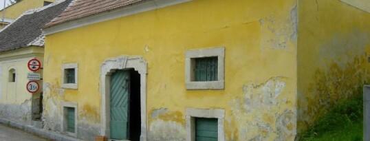 Vorher: Fassadenrenovierung Ravelsbach