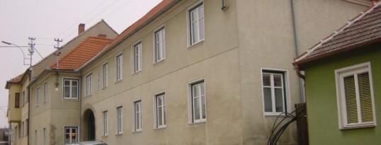 Vorher: Fassadenrenovierung Ebersbrunn