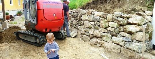 Trockensteinmauer Ravelsbach