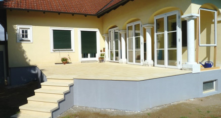 Nachher: Terrassenzubau Sitzendorf