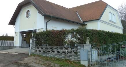 Vorher: Garagenzubau Dietersdorf