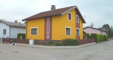 Vorher: Sanierung-Einfriedungssockel Absdorf