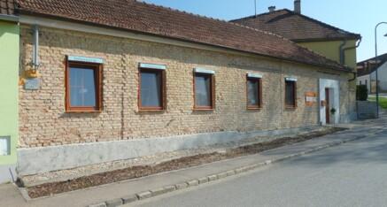 Vorher: Vollwärmeschutzfassade Großweikersdorf